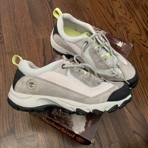 Brand new Timberland Women's Hiking Trail Shoes 7